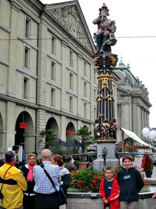 Switzerland and its capital city of Bern are filled with art, culture, food, and fabulous things to see with the family. Our best tips for fun experiences in Bern with kids. | #switzerland #bern #familytravel #travel