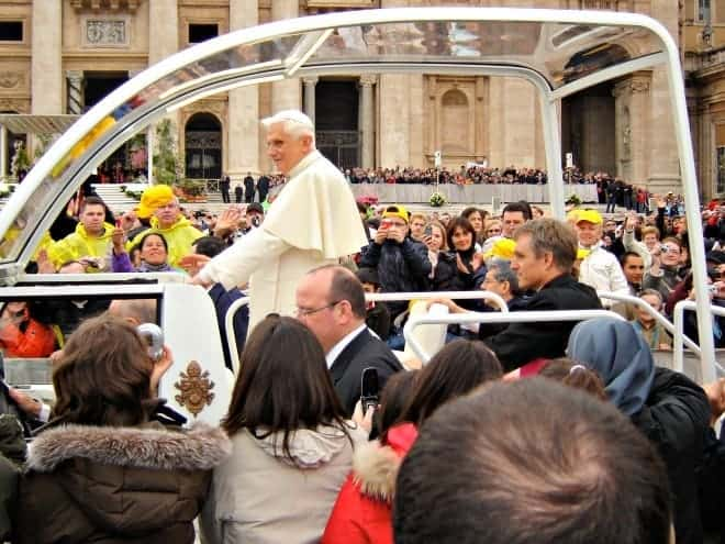 How to arrange to attend a papal audience with the Pope in Vatican City and, if you're lucky, be less than 20 feet away from His Holiness. (via thetravellingmom.ca)