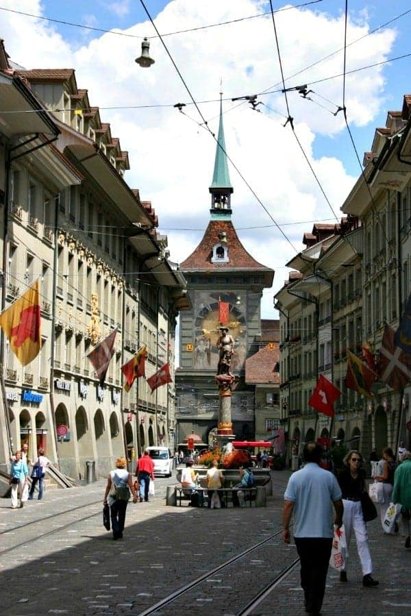 Switzerland and its capital city of Bern are filled with art, culture, food, and fabulous things to see with the family. Our best tips for fun experiences in Bern with kids.   #switzerland #bern #familytravel #travel