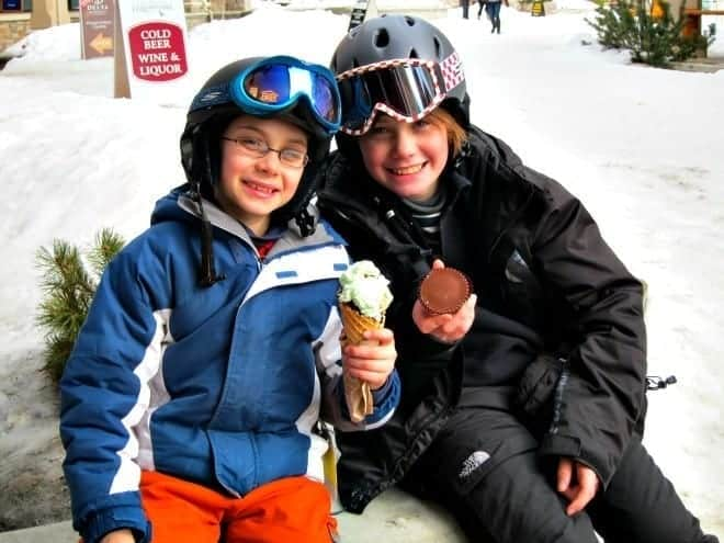 Three mountains and a quaint, pedestrian village are strong reasons why you should plan a winter visit to family-friendly Sun Peaks Ski resort. (via thetravellingmom.ca)