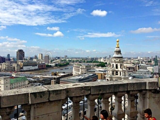 There are so many incredible family-friendly things to see and to in England's bustling capital city. Here are 13 great things to do in London with kids. (via thetravellingmom.ca)