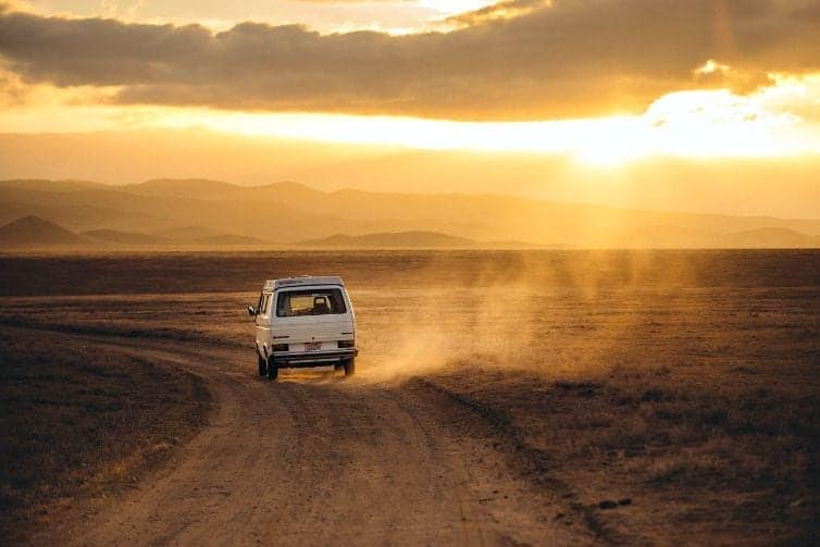 Road trips are wonderful ways to see the world and make family travel memories. How to survive a road trip with your older kids. (thetravellingmom.ca)